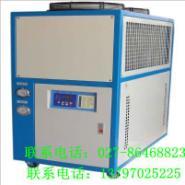 塑料业风冷箱式冷水机图片