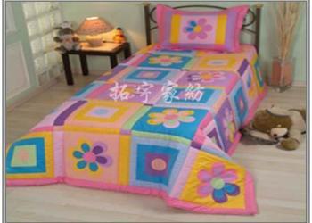 婴儿床上用品婴儿被儿童被用品图片