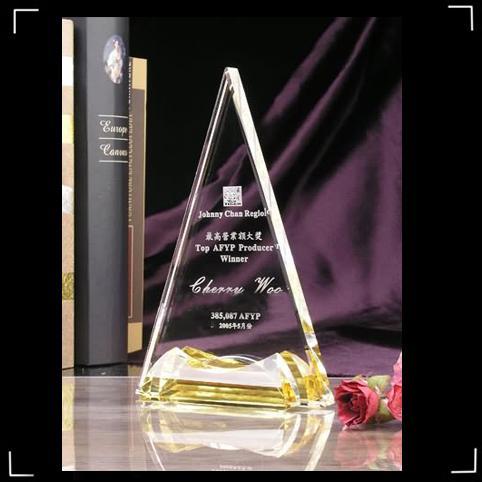 供应广州羽毛球比赛水晶奖杯