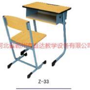 广东方管圆管课桌椅厂家图片