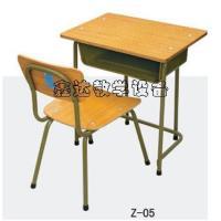 供应圆管学生课桌椅价格