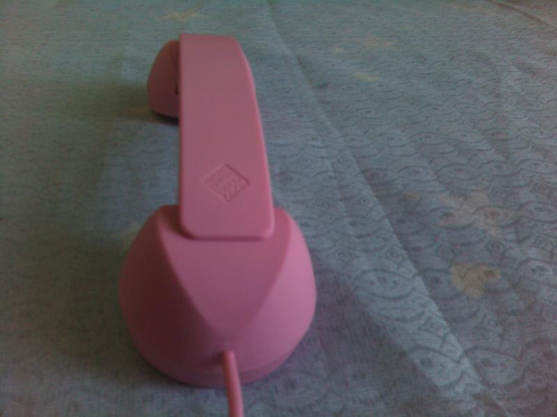 供应橡胶表面触漆防辐射手机听筒生产商