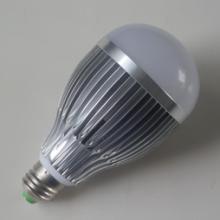 供应LED节能灯12W相当白炽灯100W批发