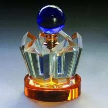供应水晶汽车摆饰,水晶汽车礼品,水晶琉璃香水瓶定制批发价格