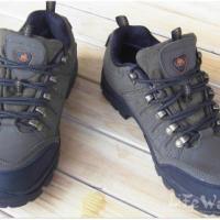 户外鞋磨砂皮户外登山鞋徒步鞋