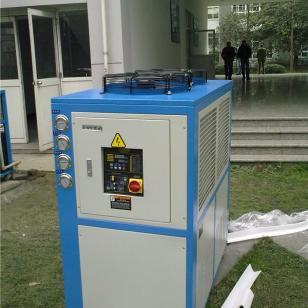 冷水机图片