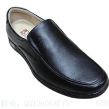 供应纯色皮鞋子