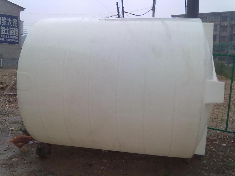 供应耐酸碱塑料PE罐圆桶方桶水塔