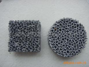 碳化硅质铸铁专用泡沫陶瓷过滤网图片
