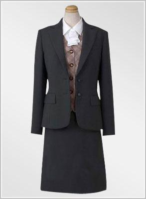 供应女士职业套装,佛山白领一族职业服装设计生产