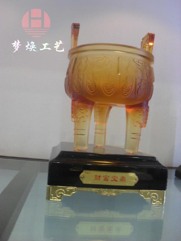 供应琉璃水晶工艺品鹰鼎笔筒兽物摆件