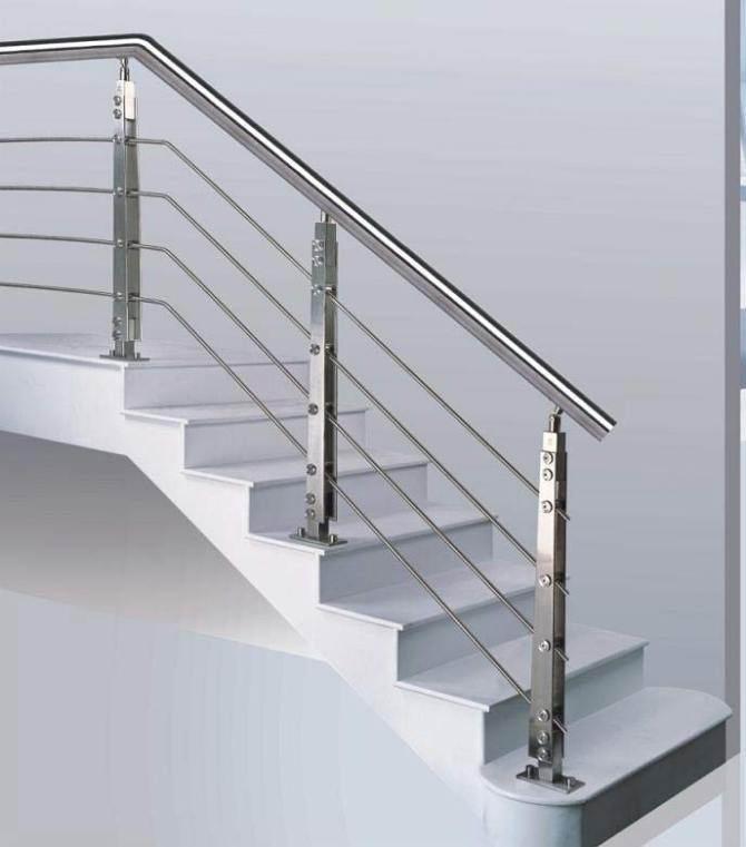 供应澎湃不锈钢建筑玻璃栏杆立柱工程