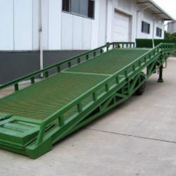 供应登車橋固定式、移动式 保证质量