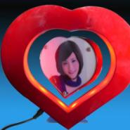 深圳磁悬浮工艺礼品心形相框图片