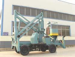 供应用于高空作业的自行走曲臂式液压升降机厂房货梯