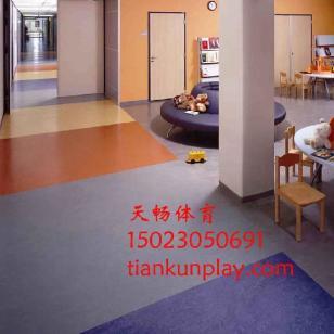 沙坪坝区幼儿园PVC地板图片