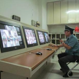 青岛保安首选伊利盾图片