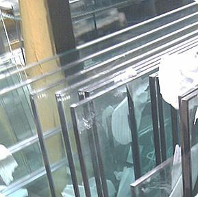 赤峰钢化玻璃