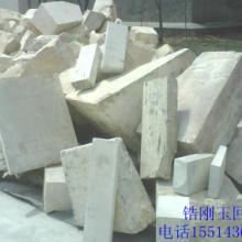 供应郑州鸿源废锆刚玉砖回收/15514367518/废铁砖回收