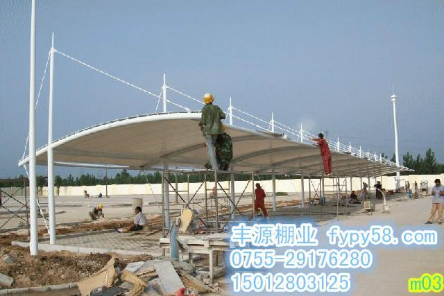 供应广东哪里生产玻璃雨棚