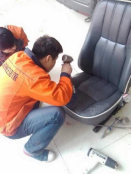 汽车座椅改装 汽车座椅改装供货商 供应路虎发现4汽车座椅高清图片