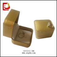 广东厂家订做经典结婚戒指盒图片