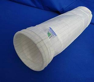 新疆抗静电覆膜涤纶针刺毡滤袋图片