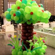 气球苹果树/桃花树/爱心树图片
