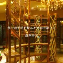 供应酒庄弧形不锈钢酒架 玫瑰金拉丝酒架图片