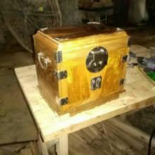 供应哪里有官皮箱购买,金丝楠木优质官皮箱批发
