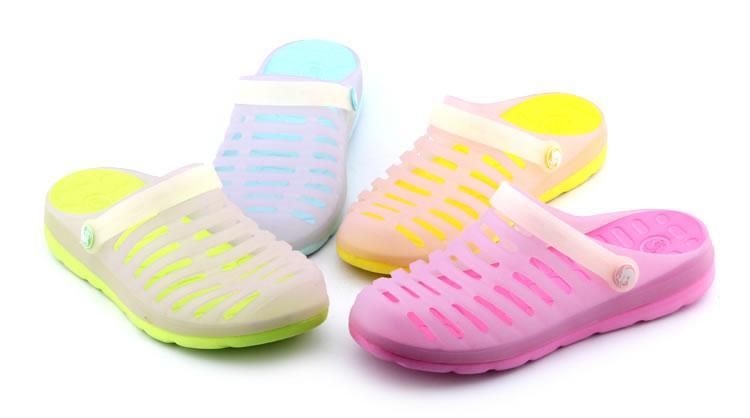 厂家批发订做夏季新款男女简单大气洞洞鞋 男士女式简约大方防滑