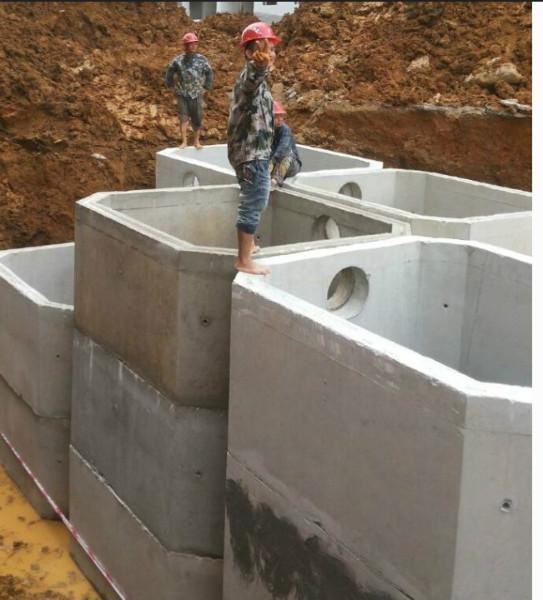 供应白城市预制化粪池专业生产厂家,专业的施工队伍,白城顺通水泥制品厂