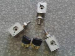 两进线和一母联的机械锁图片