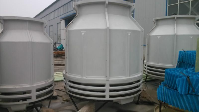 供应注塑机专用玻璃钢冷却塔图片