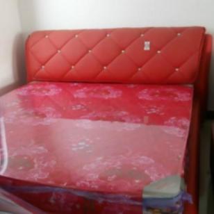 软包床头环身一体图片