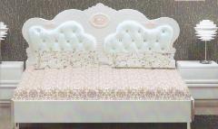 供应皮革软包床头