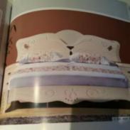时尚烤漆床头图片