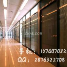 供应天津玻璃隔断报价上百种玻璃隔断