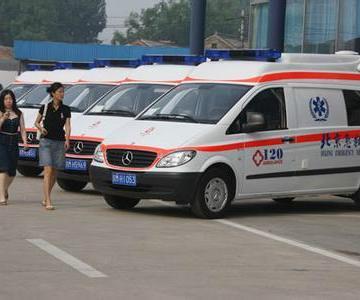 供应衡水救护车出租18513952202图片