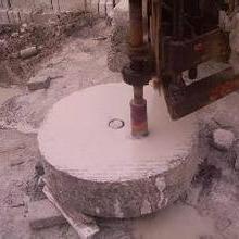 供应陕西水钻打孔,陕西专业水钻开孔,西安开孔电话批发