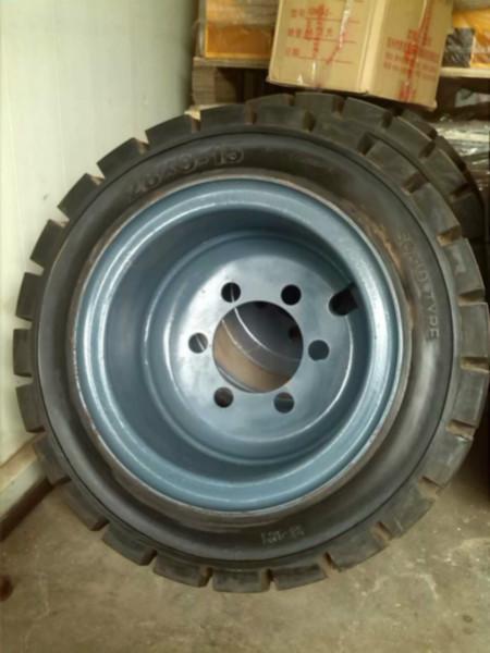 供应叉车轮胎