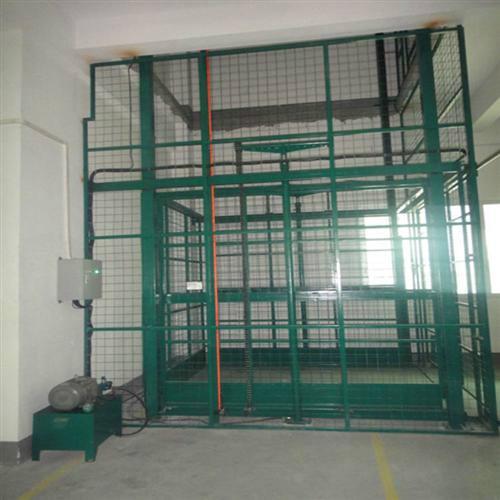 季华吊笼导轨直顶式货梯,吊笼导轨直顶式货梯厂家,吊笼导轨直顶式货