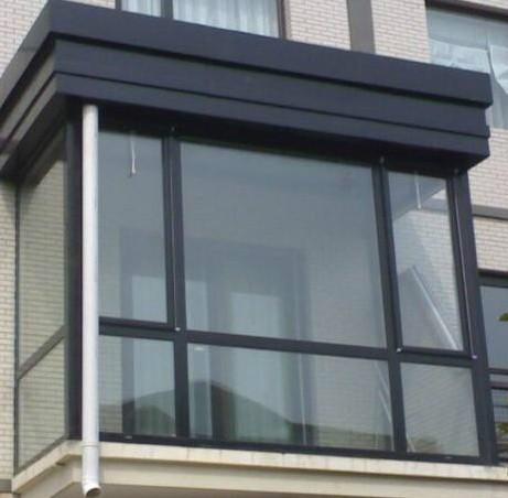 阳台封玻璃价格 效果图
