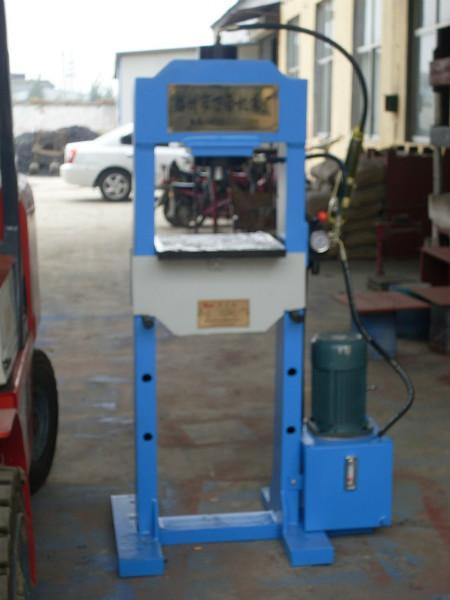 供应滕州龙门压力机 60吨龙门液压机 100吨龙门液压机 滕州万合