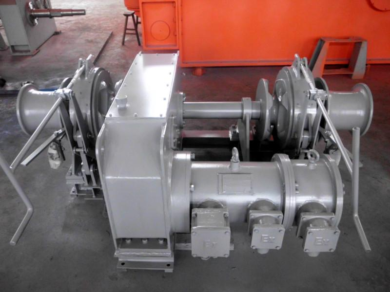供应电动起锚机/液压起锚机/船用锚机/电动锚机/液压锚机图片