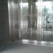 北京顺义玻璃贴膜13716345705图片