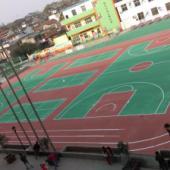 东莞体育场看台刷漆