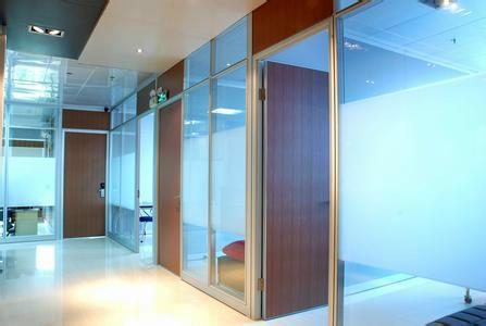 室内办公隔断 佛山办公隔断安装工程 办公隔断样式 办公隔断安装