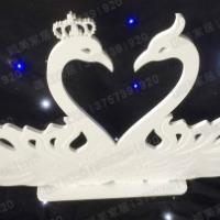 橱窗婚庆摆件PVC雕刻小天鹅摆件