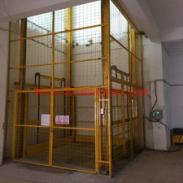 深圳导轨式升降机安装维修图片